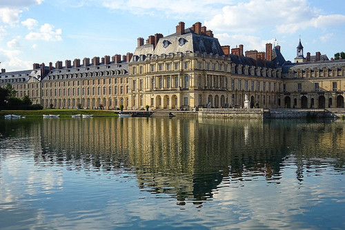 Tour Fontainebleau by car